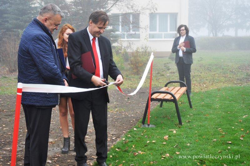Otwarte Strefy Aktywności przy szkołach Powiatu Łęczyńskiego oficjalnie zostały otwarte