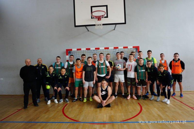 Mistrzynie GKS Górnik Łęczna w szkole górniczej