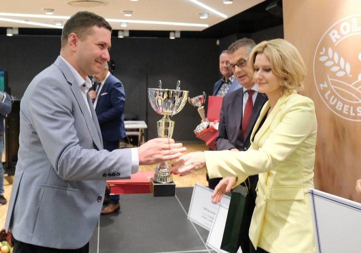 Paweł Serej z Milejowa tegorocznym laureatem konkursu Rolnik z Lubelskiego 2020